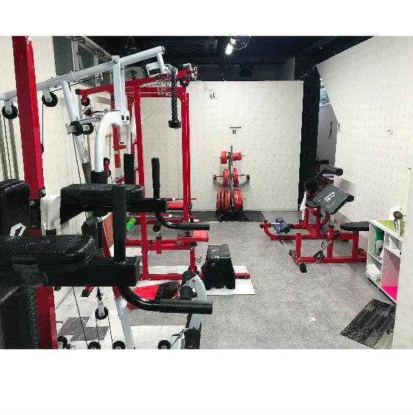 北浜のフィットネス体を耕す運動場「関西フィットネス」体幹・インナーマッスルを鍛えて基礎代謝をUPさせ、ダイエット&ボディメイキング。